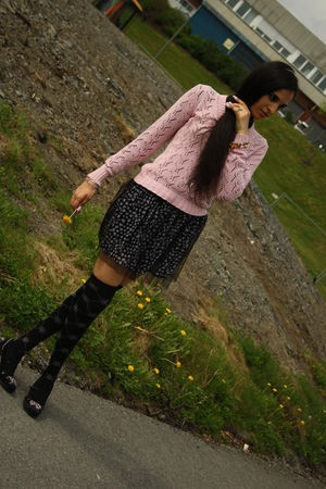 pink sweater - black skirt - black socks - black shoes