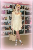 white lace frill socks - ivory lace choker UNIF dress - cream pst Chanel bag