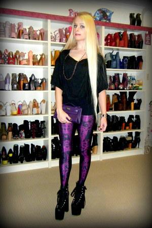deep purple plumbaths Black Milk leggings - black hellbounds UNIF boots