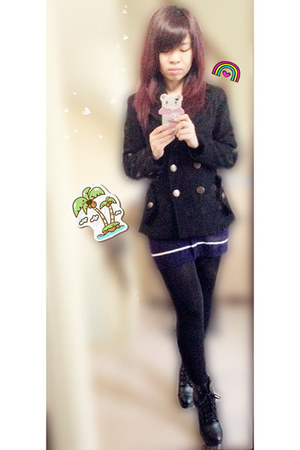 black MNG jacket - black boots - navy dress
