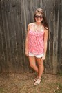White-old-navy-shorts-carlos-sunglasses-chunky-forever-21-necklace