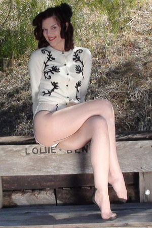Deborah Lindquist sweater