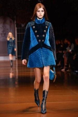 black versace boots - versace dress - turquoise versace bag