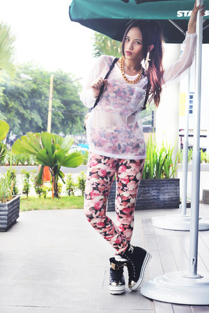 Backpack bag bag - Flower Leggings leggings - Flower Croped Top top
