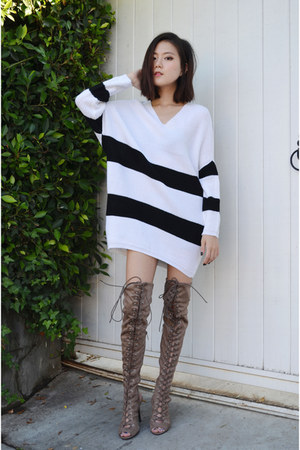 sweater dress AmiClubWear sweater - AmiClubWear boots