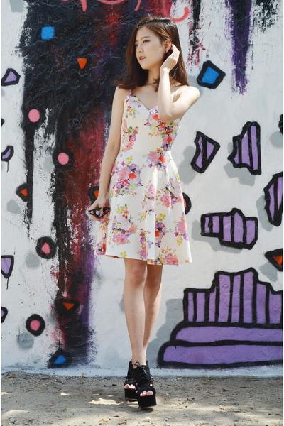 floral dress Sheinside dress - chunky heels shoplately wedges