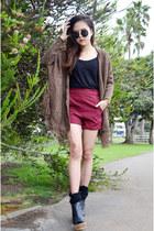 Q2HAN shorts - wedges Martofchina wedges - fringe cardigan Martofchina cardigan
