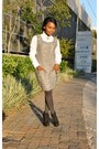 Black-zoom-boots-heather-gray-ques-boutique-dress