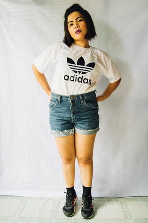 white shirt - navy denim shorts - black Adidas sneakers
