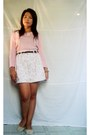 Salmon-sweater-ivory-floral-shorts-diy-accessories-off-white-lace-flats