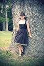 Black-vintage-dress-black-steve-madden-shoes