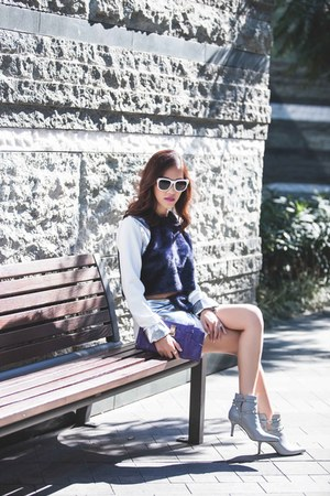 white seoul Blanc & Eclare sunglasses - gray Valentino boots