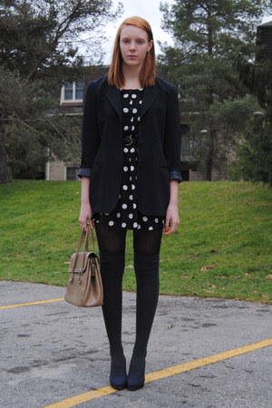 black polka dot H&amp;M dress - black thrifted blazer - camel leather thrifted purse