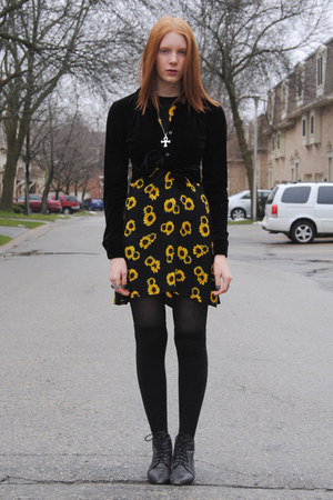 black thrifted boots - yellow sunflower thrifted dress - black H&amp;M tights