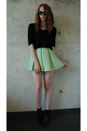 lime green boucle Topshop skirt - black ankle boots thrifted boots