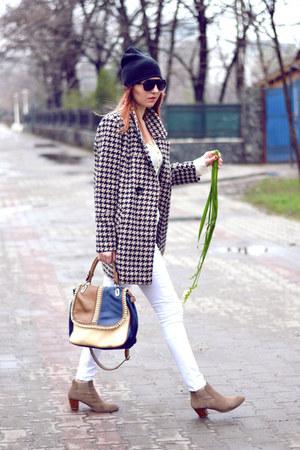 Romwecom coat - Dolce Vita boots - H&M hat - meli melo bag - zeroUV sunglasses