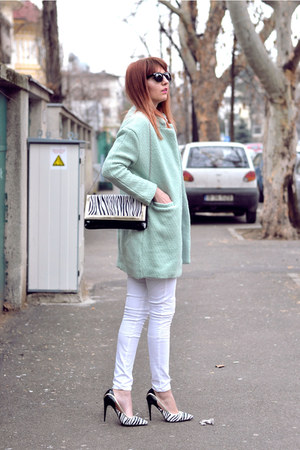 Romwecom coat - Linzi shoes shoes - Linzi shoes bag - zeroUV glasses