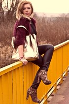 black Zara top - tan new look boots - beige new look bag