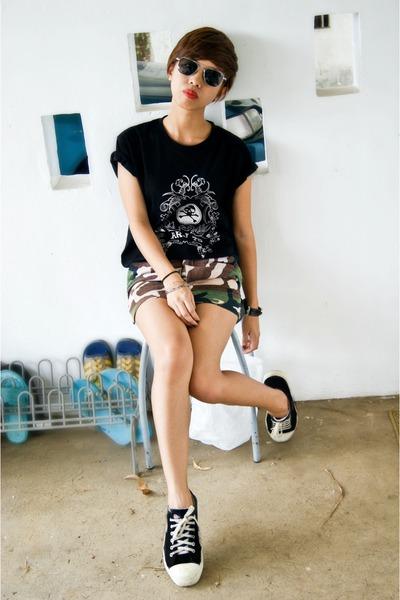 black RRJ t-shirt - eggshell diy skirt - army green diy skirt