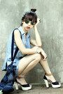 Black-velvet-bag-sky-blue-denim-levis-shorts-tawny-mags-sandals