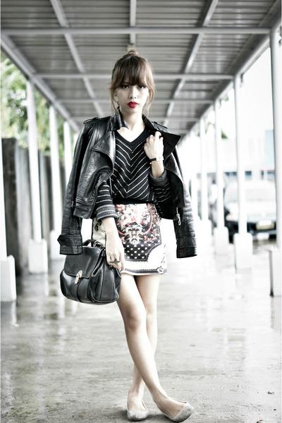 black random skirt - black leather jacket thrifted jacket