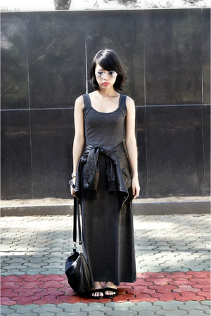 black leather jacket - gray maxi dress - black bag