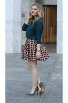 tan asos skirt - dark green asos sweatshirt - olive green Nine West heels