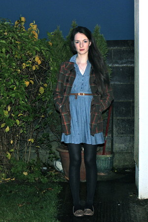 Asda coat - H&M dress - Primark tights - Primaek loafers - hollister belt