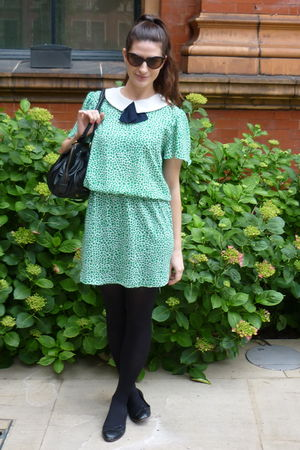 green vintgae dress