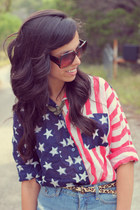 Urban Outfitters top - red Urban Outfitters shorts - navy Forever 21 ring