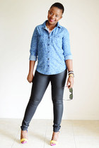 Express jeans - Old Navy shirt - Sole Society heels