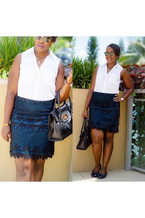 white Express shirt - black skirt