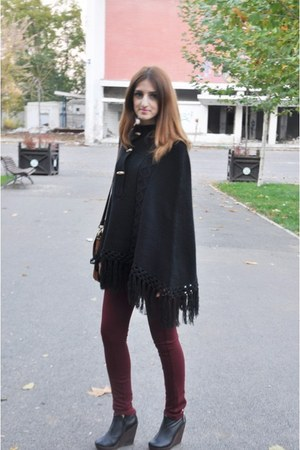 black 3 suisses store cape - crimson H&M pants