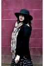 Black-fall-heels-h-m-boots-black-thrifted-hat-black-h-m-shirt