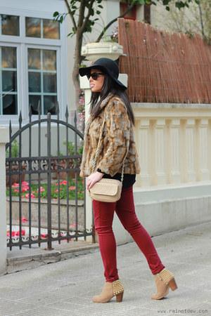 faux fur Primark coat - studded Zara boots - burgundy Primark jeans