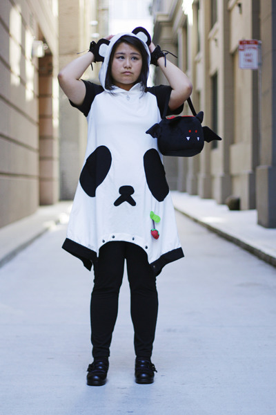 Cutie Lolita Punk dress - leggings - plush candy bag Spirit Halloween bag