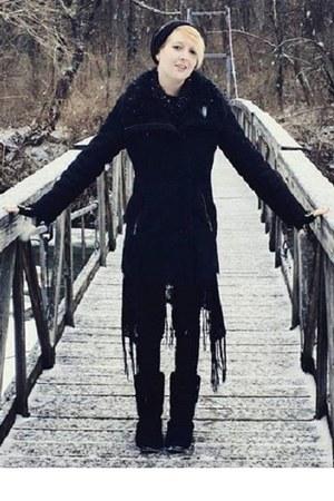 black bearpaw boots - black Jessie G coat - black Glo jeans - black hat