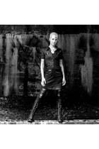 nanà boots - Suzy Shier dress - Lovesick jeans