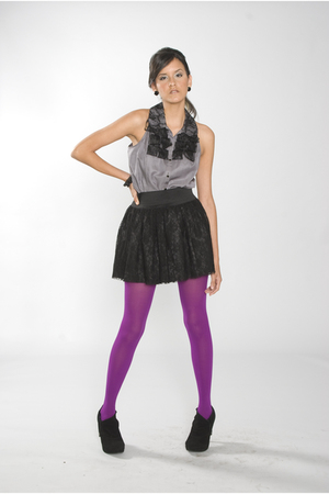 purple Forever 21 tights - black Forever 21 skirt - black Icora boots - gray For
