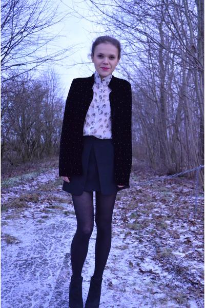 black River Island boots - black Zara blazer - beige cat print Topshop shirt