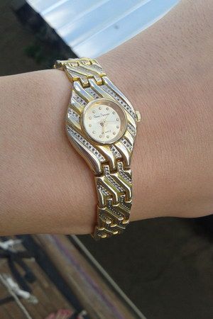 gold Gerard D watch