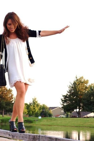 black Forever21 cardigan - white Forever 21 dress - black Gianni Binni shoes - b