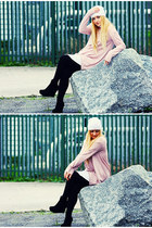 white self-made hat - light pink oversized H&M sweater - black unknown leggings