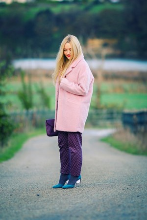 bubble gum oversized Primark coat - deep purple clutch Primark bag