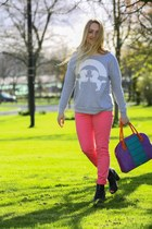 heather gray Qed London sweatshirt - black peep toe ankle River Island boots