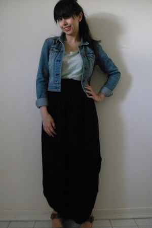 navy denim American Eagle jacket - black side slit maxi shirt