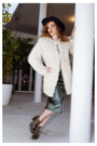 Dark-khaki-leather-minelli-boots-beige-faux-fur-zadig-voltaire-coat
