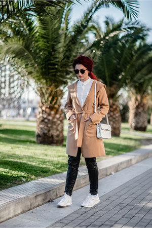 camel coat - black H&M pants - white Zara sneakers