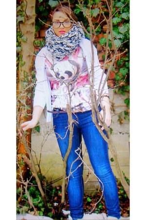 Zara jeans - Mango sweater - Zara scarf - BERSKA t-shirt - Forever21 glasses