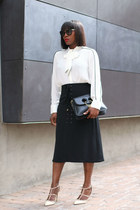 black skirt - Valentino shoes - Black flap bag - Prada sunglasses